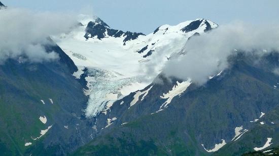 Alyeska Ski Area : glaciers