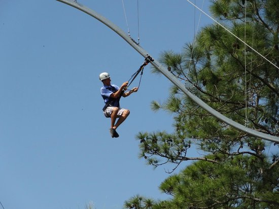 Saint Cloud, Floride : The Rattlesnake, the first zipline roller coaster in the USA
