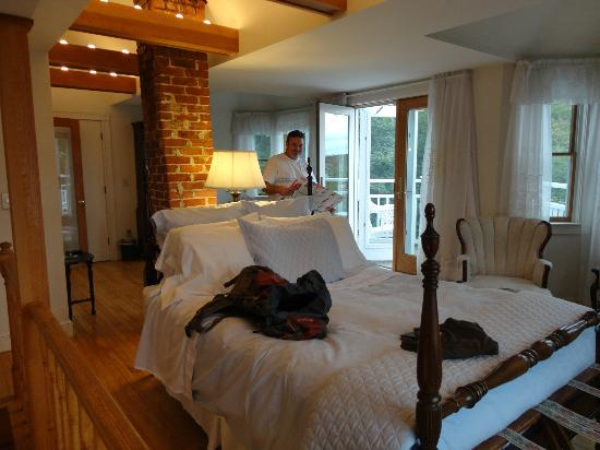 Atlantic Ark Inn: Bed