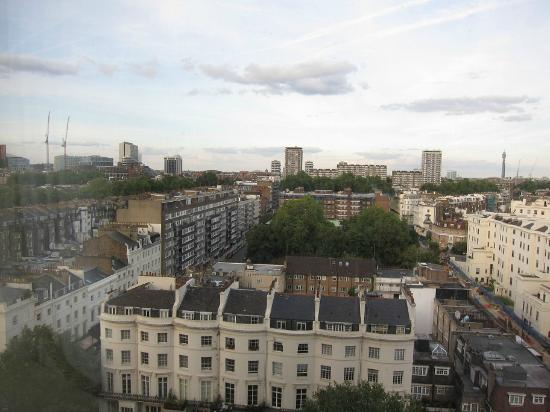 Royal Lancaster London: view from my 'hyde park' view room :P still very nice