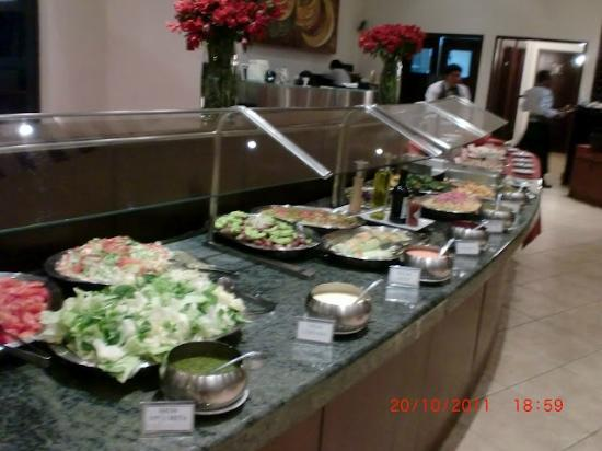 Camino Real Suites: buffet