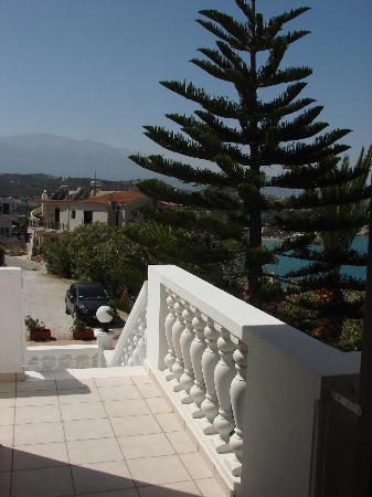 Villa Irini: View3