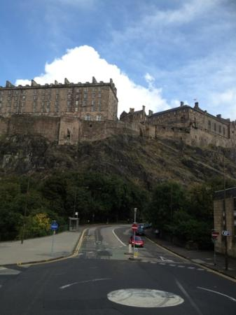 Rosehall Hotel: Edinburgh Castle on my trip to Edinburgh