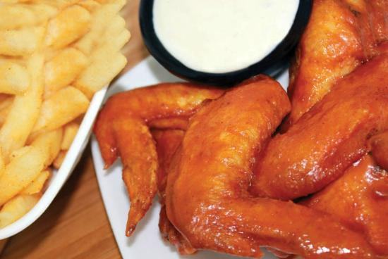 Gyros & Seafood Express: Buffalo Chicken Wings