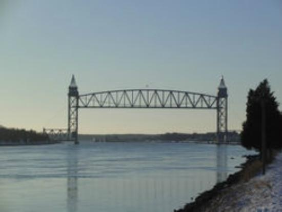 Cranberry Manor: Railroad bridge Cape Cod Canal