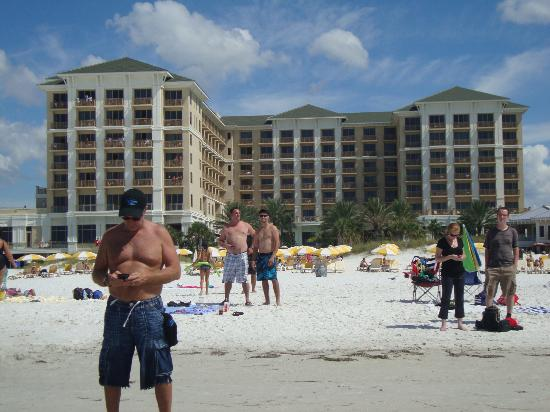 Sandpearl Resort: View of gulf side of hotel from the beach