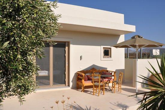 Niriida Guest House : Haus 1 von 3