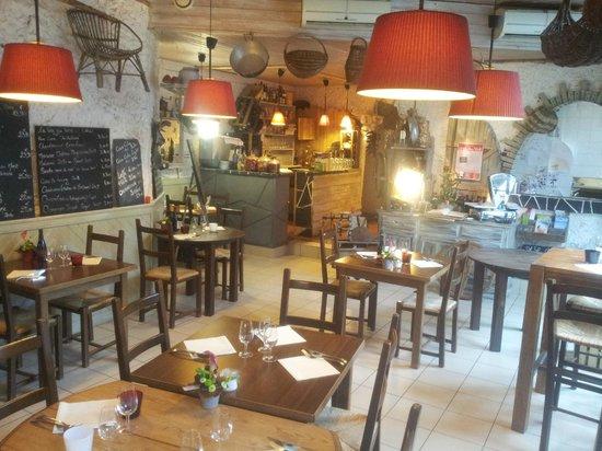 A La Petite Ruelle: Une cuisine