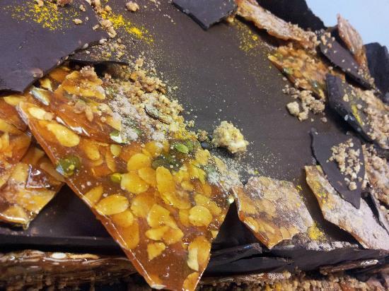 A La Petite Ruelle: Gros plan sur la planète chocolat caramel...