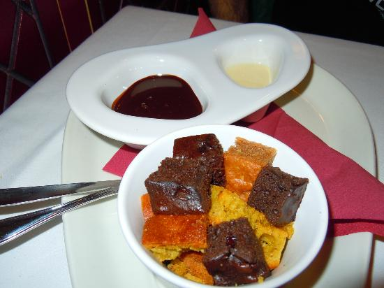 La Tagliatella Abando, Bilbao: Fondue chocolate y bizcochitos calientes