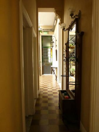 Zorzal Mane : Hallway in ground floor