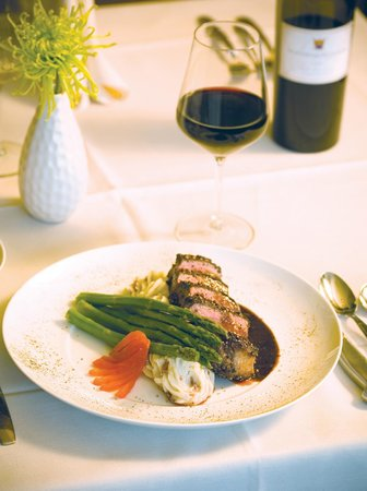 Plateau Fine Dining: Signature Pendleton Whisky Steak