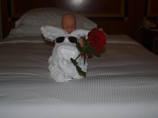 Al Raha Beach Hotel: Room Service Nice Touch