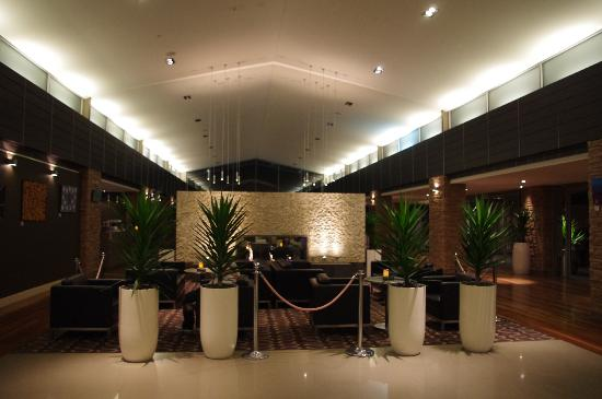 Crowne Plaza Hunter Valley: The Foyer @ The Crowne Plaza