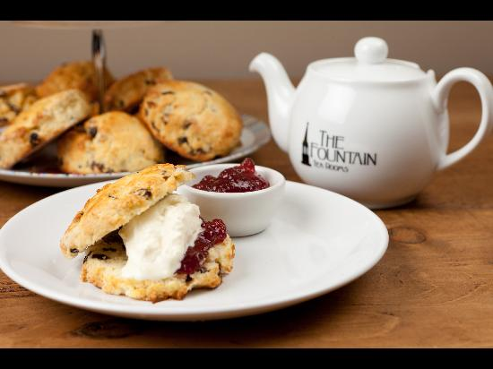 The Fountain Tea Rooms Bed and Breakfast: try an afternoon tea!