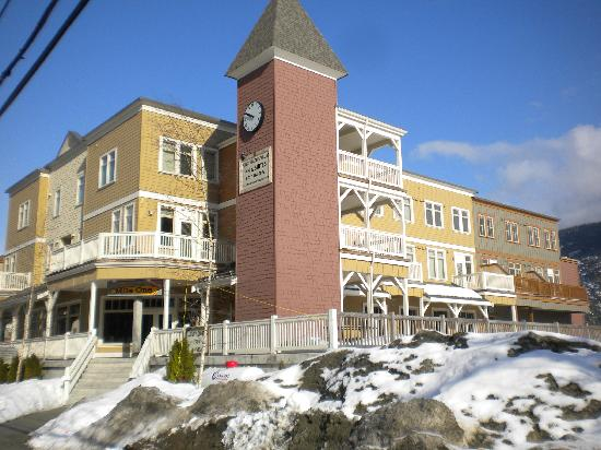 Pemberton Gateway Village Suites Hotel: ClockTower & Mile One Restaurant, PGVS Hotel