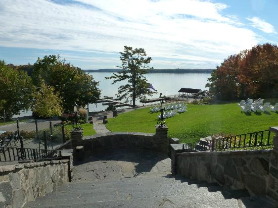 Windermere House Resort & Hotel: View from Dining Patio