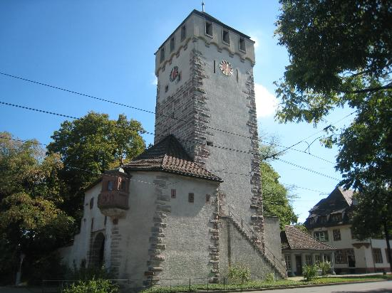 Basel Running Tours: St Johanns Tor, one of the 3 still existing towers in Basel