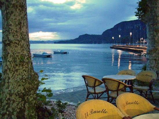Hotel Imperial: Lake Garda by Night