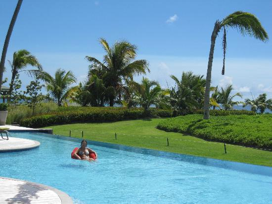Four Seasons Resort Nevis, West Indies: Pool