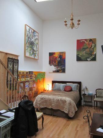 Castel du Monde: Ecurie Room