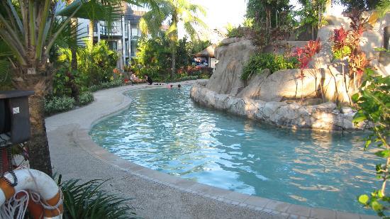 Radisson Blu Resort Fiji Denarau Island: Kids pool area. A quieter section of the pool for the kids.