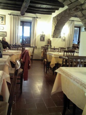 Marradi, Italy: 4