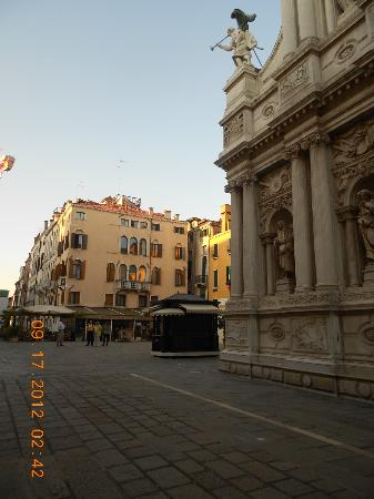 Hotel Ala - Historical Places of Italy: Plaza Sta Maria de Giglio