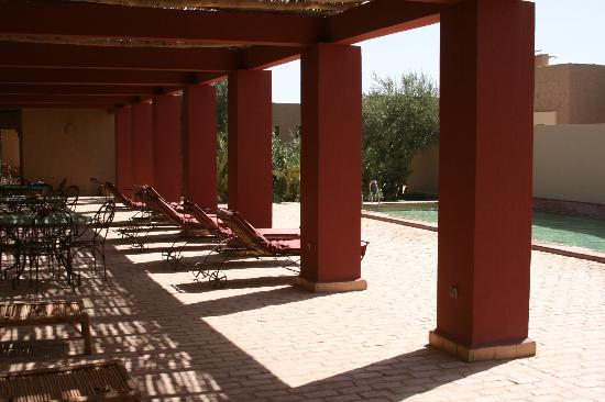 Dar El Janoub: By the pool.