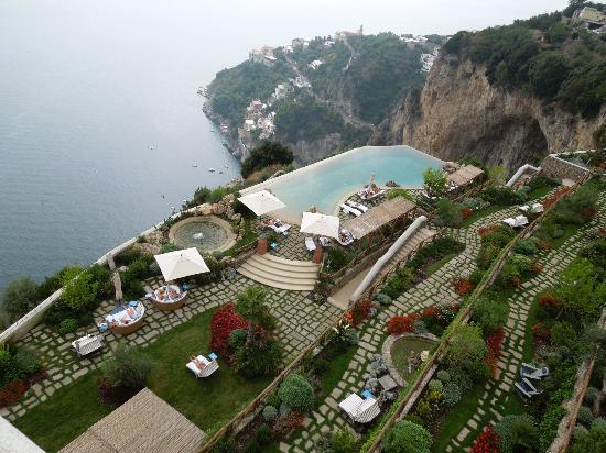 Monastero Santa Rosa Hotel & Spa: pool view