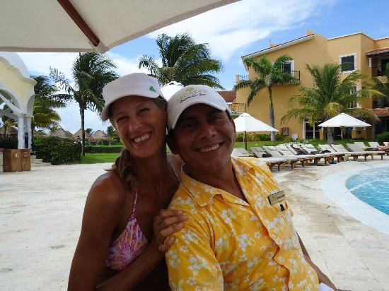 Secrets Capri Riviera Cancun: Benjamin was the BEST pool service I have ever received