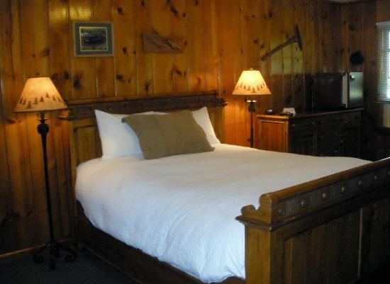 Alpine Lodge : Rooms