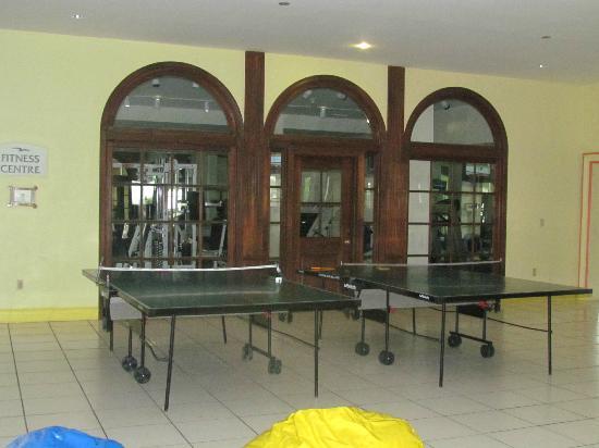 Breezes Resort & Spa Bahamas: Ping Pong tables/Gym