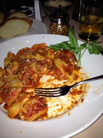 Venuti's Restaurant Italian: Dinner half way in.