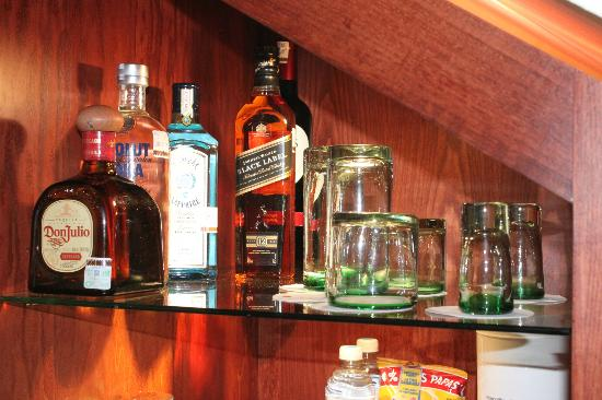 Excellence Playa Mujeres: Ecellence Club mini bar