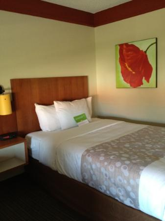 La Quinta Inn & Suites Oklahoma City Norman: Beautifully appointed rooms