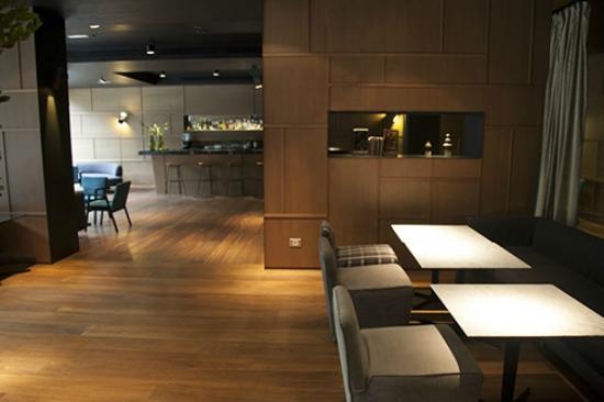 Alma Barcelona: Restaurant/Bar