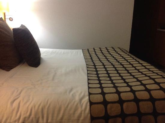 Rydges Sydney Central: Crummy mattress