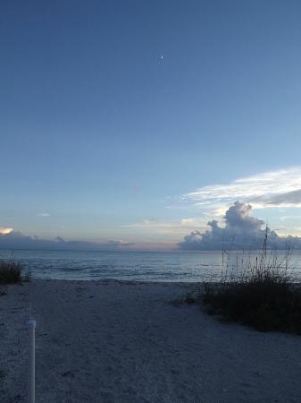 Mitchell's Sandcastles: scenery