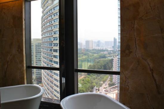 جيه دابليو ماريوت هوتل شينزين: JW Marriott Shenzhen - bathroom