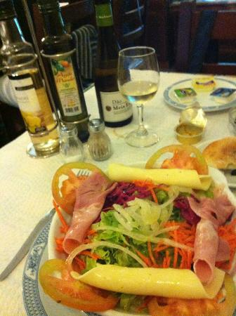 A Tasquinha : Mixed Salad