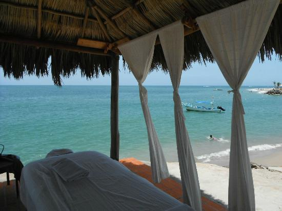 Friendly Vallarta Resort: from in the massage hut looking out