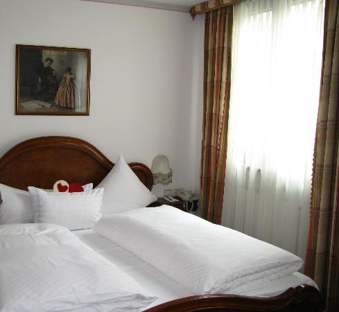 Hotel Schwarzer Adler: Comfortable