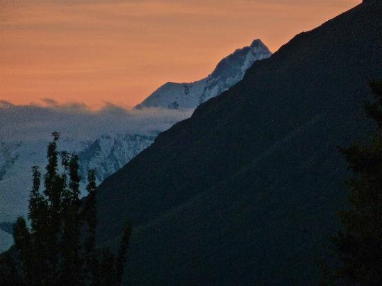 Kennicott Glacier Lodge: Sunset