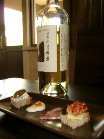 Medlock Ames Tasting Room: Pairing