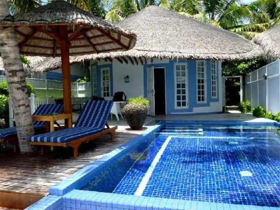 Centara Grand Island Resort & Spa Maldives: Deluxe Beach Villa
