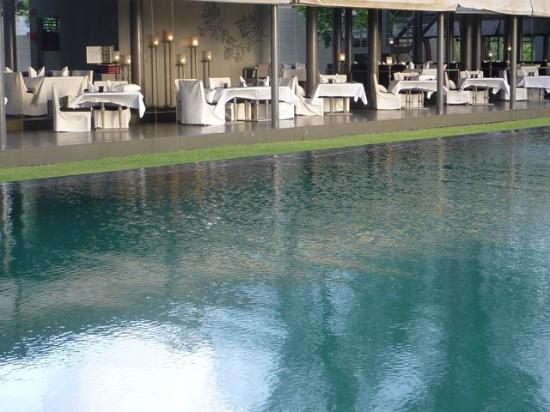 SALA Phuket Resort and Spa: Pool