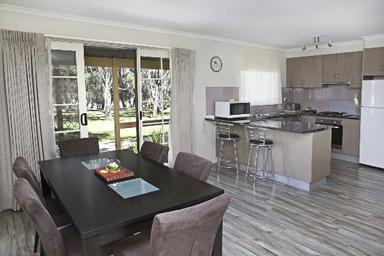 Winbi River Resort Au 126 2019 Prices Reviews Moama Photos