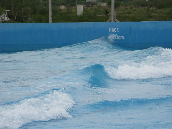 Termas de Federacion: Pileta con olas