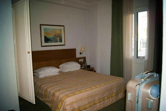 Athos Hotel: Our room